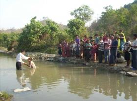 baptism-Bangladesh-pixelated